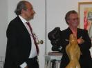 Con Fogola durante una mostra